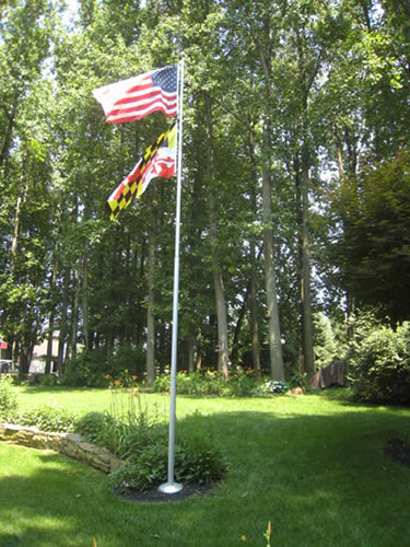 The Estate Flagpole for Homeowners and Small Businesses